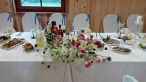 Žema stalo puokštė